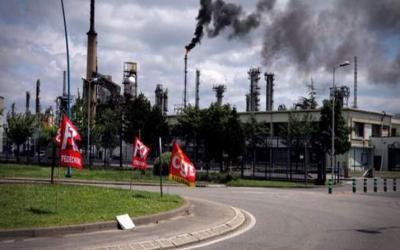 Καταλαμβάνουν και τα πυρηνικά εργοστάσια οι Γάλλοι ενάντια στον εργασιακό νόμο