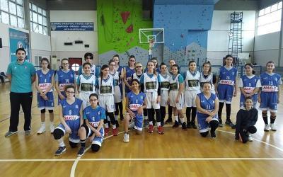 Γ.Σ. ΑΛΜΥΡΟΥ - Α.Σ. ΙΩΝΙΚΟΣ ΒΟΛΟΥ 20-34 για το μπάσκετ κορασίδων