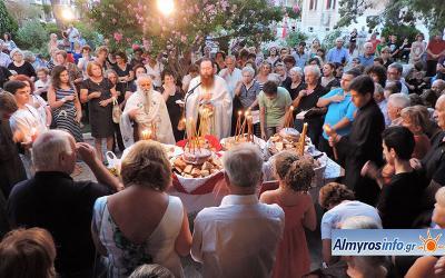 Πλήθος πιστών στον εορτασμό της Αγ. Παρασκευής στον Αλμυρό (βίντεο&φωτο)
