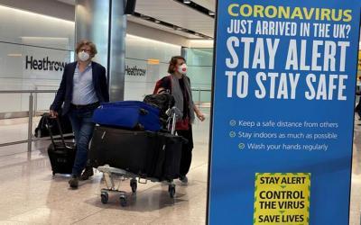 Ανατροπή: Εκτός της «κόκκινης λίστας» της Βρετανίας η Ελλάδα