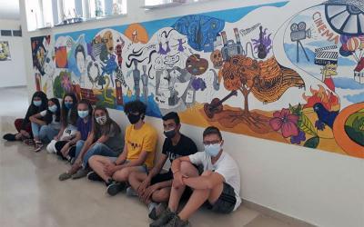 Μαθητές του Γυμνασίου Ευξεινούπολης δημιουργούν καλλιτεχνικά στο σχολείο τους