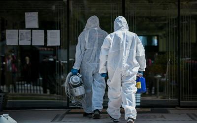 Κοροναϊός: Νέα έκρηξη με 121 κρούσματα στην Ελλάδα – Στους 209 οι θάνατοι