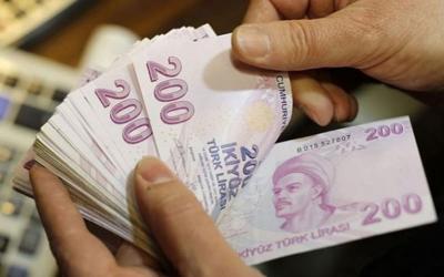 Η τουρκική λίρα κατρακυλά και η οικονομία «πνίγεται»! Κουλούρια… από χρυσάφι, δωμάτια από 5 ευρώ