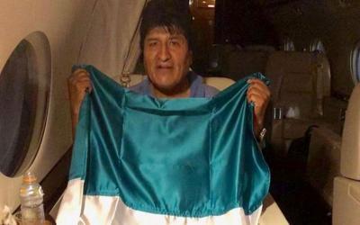 Βολιβία: Ο Έβο Μοράλες έφτασε στο Μεξικό - Φόβος για εμφύλιο στη χώρα