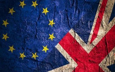 Η αβεβαιότητα για το δημοψήφισμα γέμισε απαισιοδοξία τους Βρετανούς