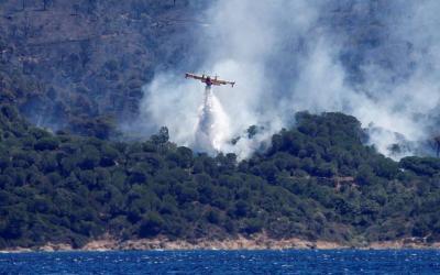 Ευρωπαϊκές ενισχύσεις ζήτησε η Γαλλία - Μαίνεται η πυρκαγιά στον Νότο, εκκενώνονται περιοχές