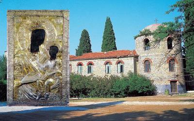 H εικόνα της Παναγίας Ξενιάς στο ναό των Αγίων Κωνσταντίνου και Ελένης Βόλου