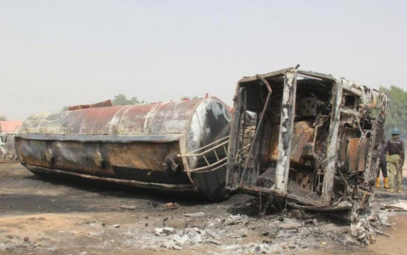 Φρίκη στη Νιγηρία από επίθεση τζιχαντιστών: Σκοτώθηκαν 30 άνθρωποι, δεκάδες αυτοκίνητα κάηκαν