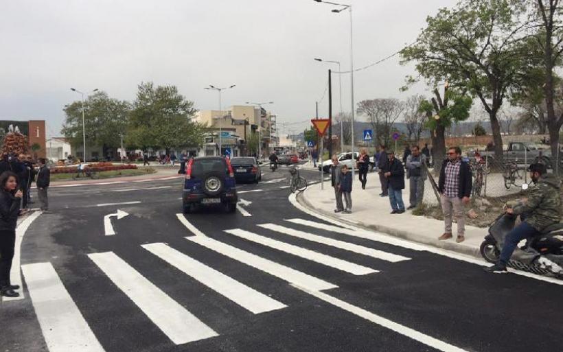 Βόλος: Το πρώτο τροχαίο ατύχημα στο νέο κυκλικό κόμβο των Παλαιών