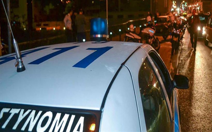Κορονοϊός: έφοδος της Αστυνομίας σε πάρτι