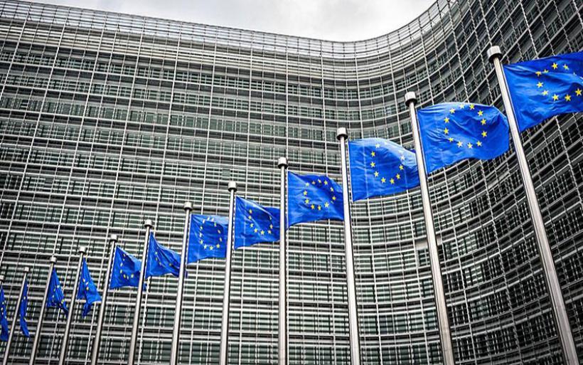 «Ψαλιδίζει» η Κομισιόν την ελληνική ανάπτυξη