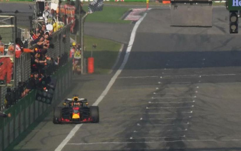 Formula 1: Εκπληκτική νίκη του Ricciardo με Red Bull στην Κίνα