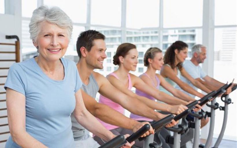 Ελάχιστη άσκηση παρατείνει τη ζωή των ηλικιωμένων