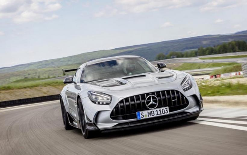 Αυτή η Mercedes κοστίζει πάνω από 335.000 ευρώ