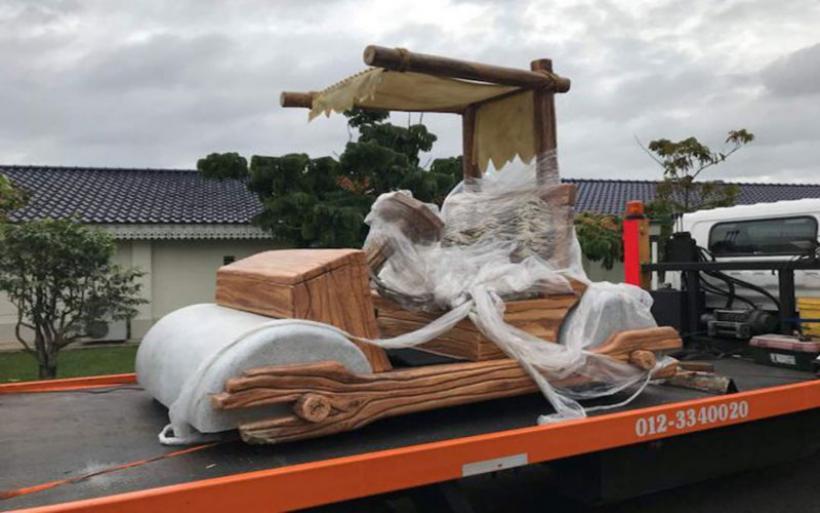 Το όχημα του Φρεντ Φλιντστόουν ζήλεψε σουλτάνος στη Μαλαισία