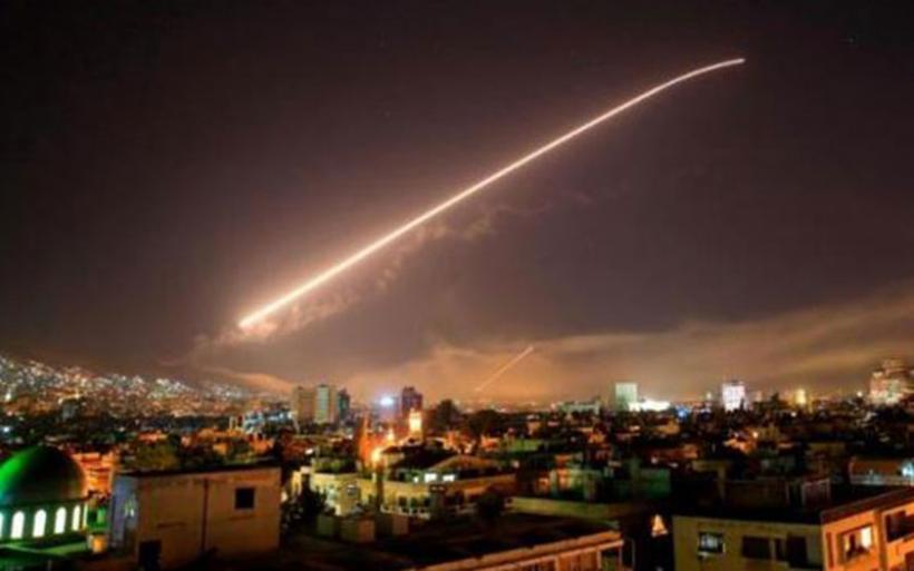 ΗΠΑ, Γαλλία και Βρετανία βομβάρδισαν στόχους στη Συρία - Η Ρωσία απειλεί με αντίποινα