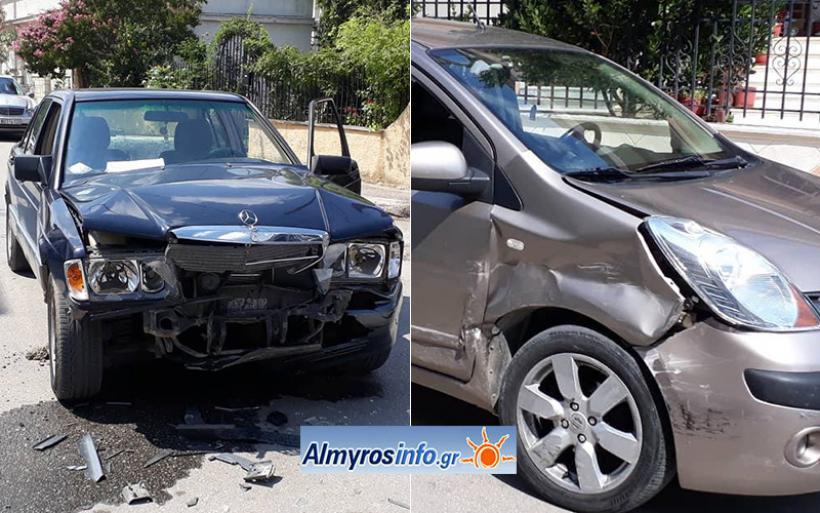 Τροχαίο ατύχημα μετά από παραβίαση STOP στον Αλμυρό (φωτο)