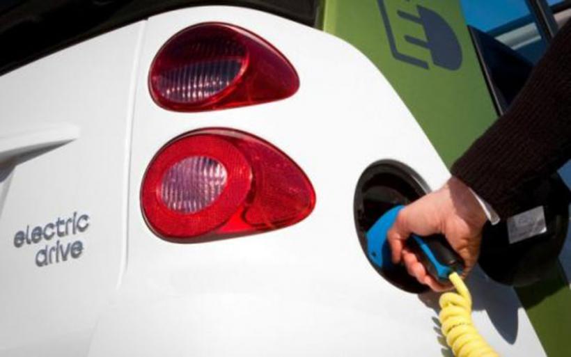 Η Ελλάδα στις χώρες της ΕΕ με τη μεγαλύτερη αύξηση πωλήσεων σε οχήματα εναλλακτικών καυσίμων