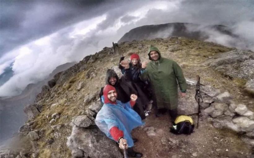 Οι πρώτοι Έλληνες που ανέβηκαν σε πέντε μέρες στα πέντε υψηλότερα βουνά της Ελλάδας, είναι από την Αγχίαλο
