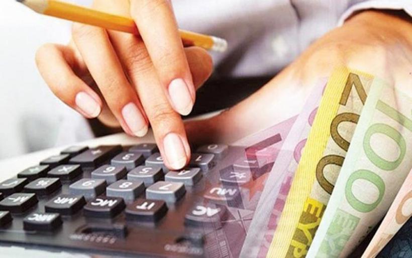 Οφειλέτες με χρέη έως 20.000 ευρώ στην εφορία οι περισσότεροι που εντάσσονται στις 120 δόσεις