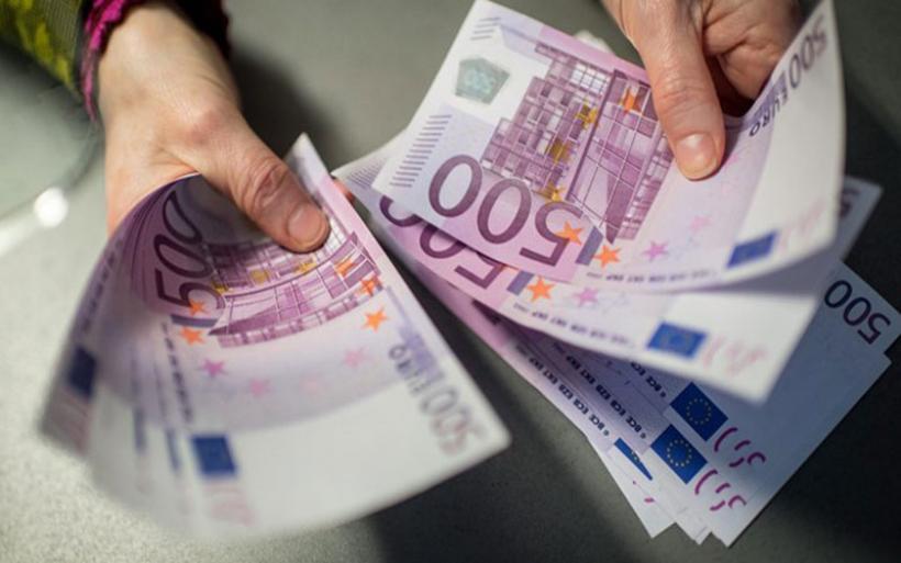 Έρχονται αλλαγές στην πάγια ρύθμιση για χρέη στην εφορία - Τα αυστηρότερα κριτήρια και οι ενστάσεις των θεσμών
