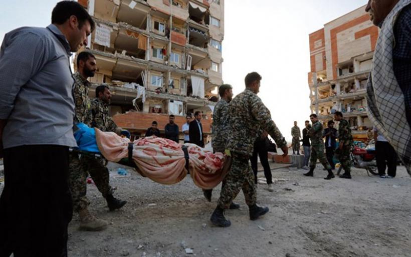 Στους 415 οι νεκροί από τον ισχυρό σεισμό των 7,3 Ρίχτερ στα σύνορα Ιράκ - Ιράν