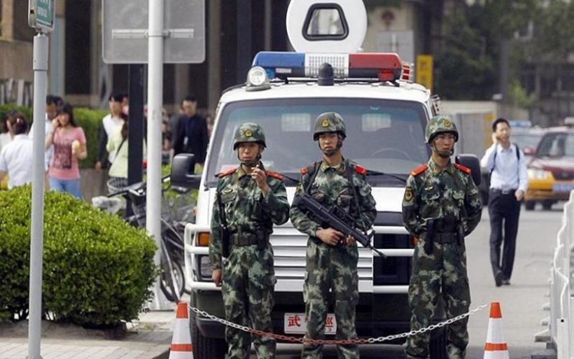 Τρόμος στο Πεκίνο - Άνδρας επιτέθηκε σε σχολείο και μαχαίρωσε 20 μαθητές