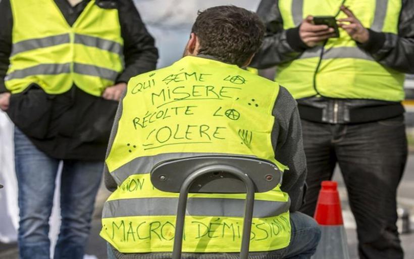 """Ένα χρόνο μετά, τα """"Κίτρινα Γιλέκα"""" επιστρέφουν - Σε συναγερμό η αστυνομία"""