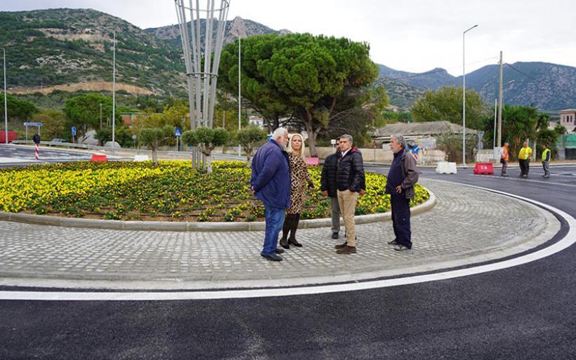 Στην κυκλοφορία δόθηκε από την Περιφέρεια ο νέος κυκλικός κόμβος στα Αστέρια Αγριάς