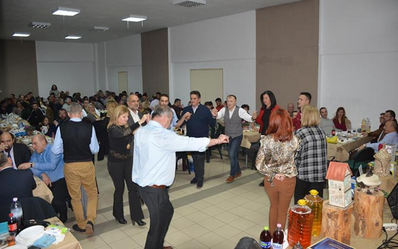 Η κοπή Πίτας και γιορτή Ευξεινουπολίτικου κρασιού του Πολιτιστικού Ευξεινούπολης (βίντεο&φωτο)