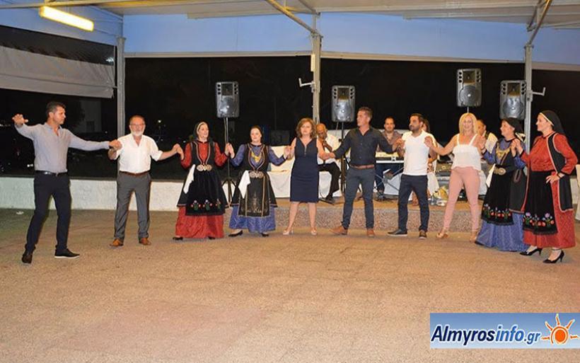 Ο καλοκαιρινός χορός του Λαογραφικού Συλλόγου Βλάχων Επαρχίας Αλμυρού (βίντεο&φωτο)