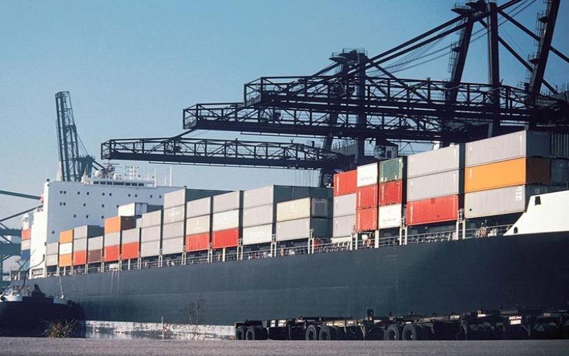 Χέρι-χέρι αυξήθηκαν εξαγωγές και εισαγωγές τον Ιούλιο