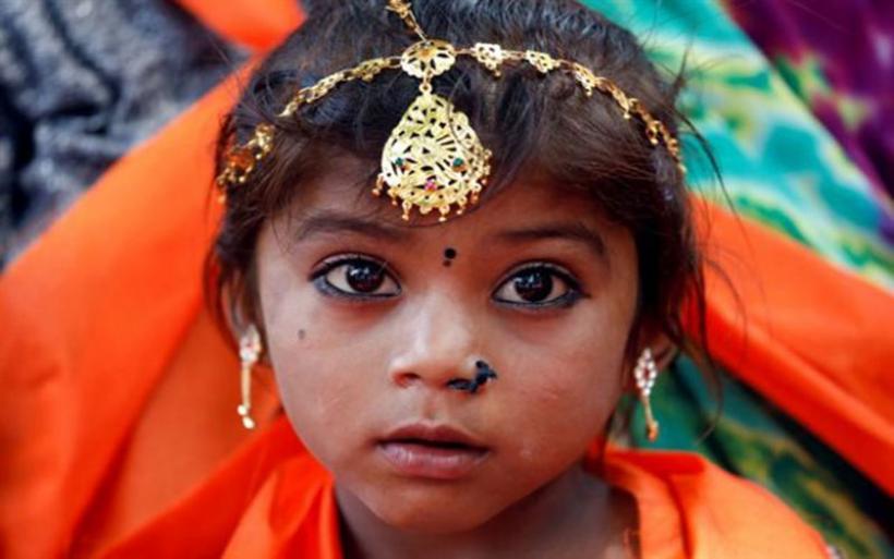 Ινδία: Σχεδόν 240.000 κοριτσάκια πεθαίνουν ανά χρόνο λόγω σεξισμού