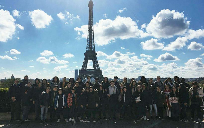 Μαθήτριες και εκαπιδευτικοί του 2ου Γυμνασίου Αλμυρού στη Γαλλία