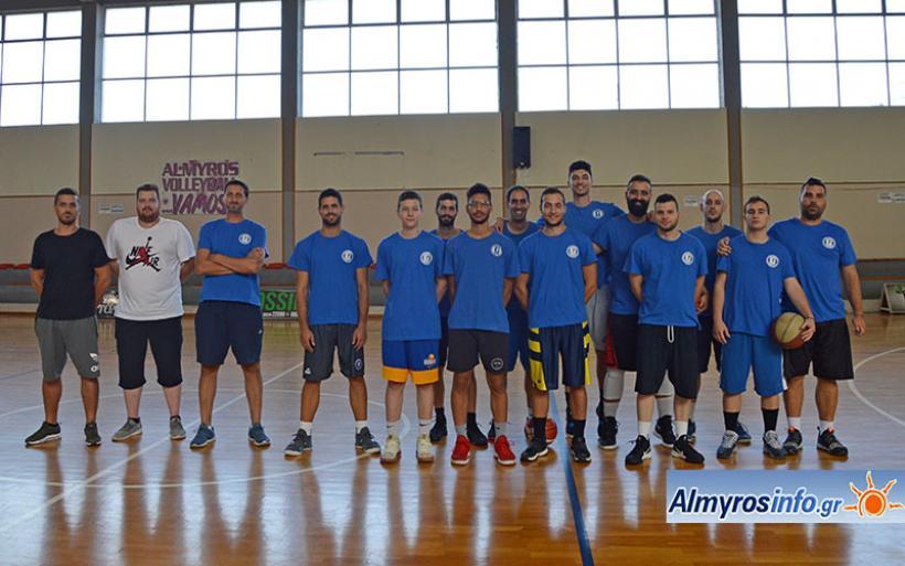 Πραγματοποιήθηκε ο αγιασμός στην ομάδα μπάσκετ του Γ.Σ.Αλμυρού (φωτο)