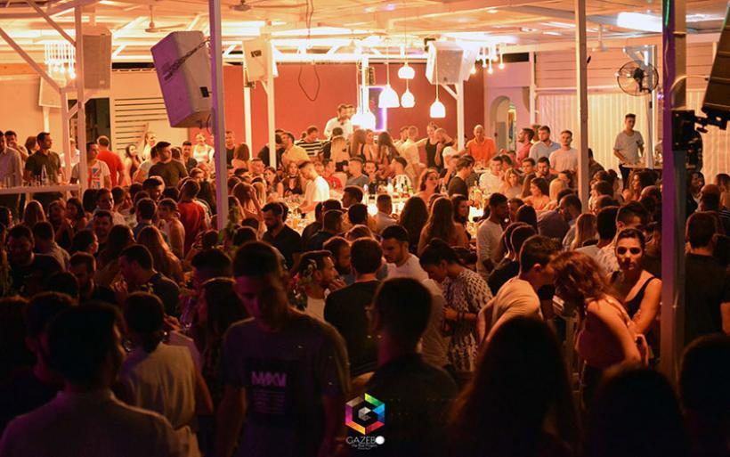 """""""Καυτές"""" βραδιές στο Gazebo στην παραλία Αλμυρού (ΦΩΤΟ)"""