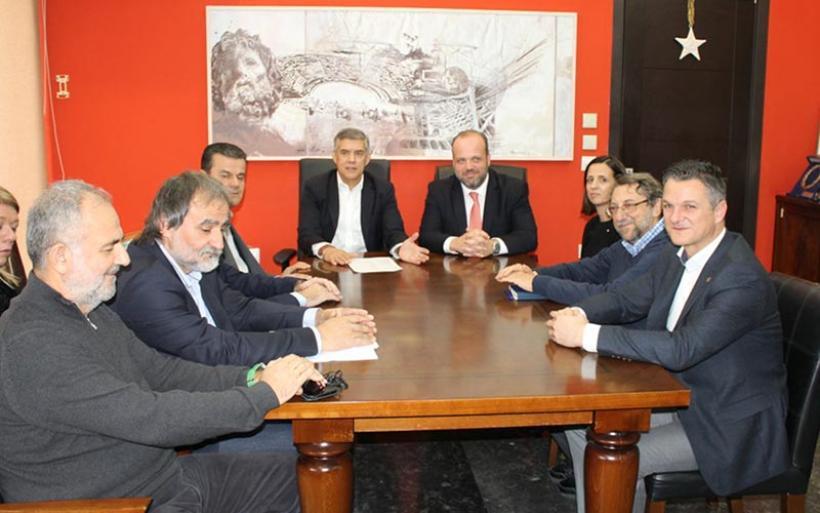Ο Κ. Αγοραστός στη συνάντησή του με τον διοικητή του ΟΑΕΔ: Η ανεργία είναι η μεγαλύτερη κοινωνική αδικία