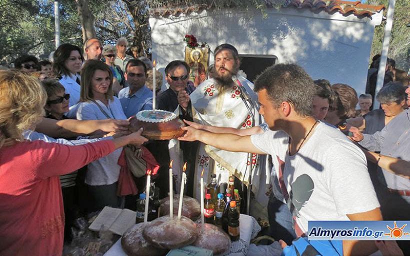 Πλήθος πιστών από Φθιώτιδα & Μαγνησία στην εορτή Αγ. Νικολάου εν Βουνένοις στη Γλύφα (βίντεο&φωτο)