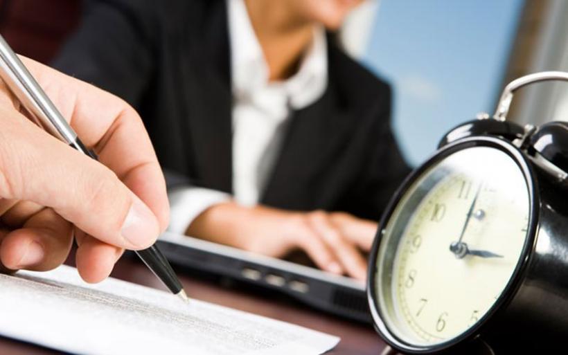 Έρευνα: Σε «υψηλό ψυχοκοινωνικό κίνδυνο» ποσοστό άνω του 15% των εργαζομένων
