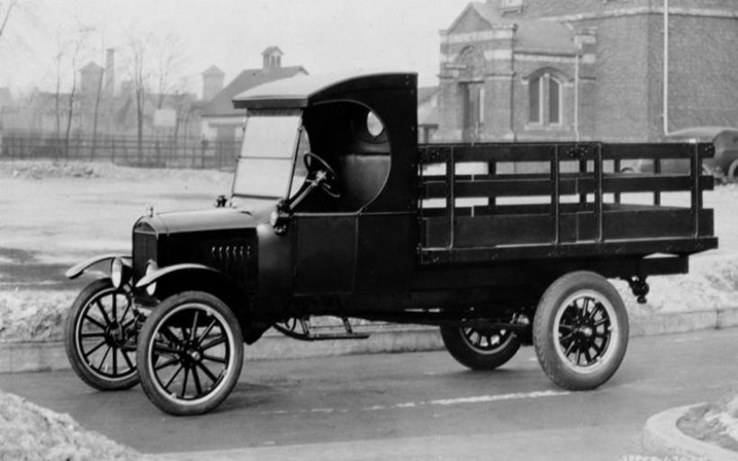 Ford: 100 χρόνια επαγγελματικών αυτοκινήτων