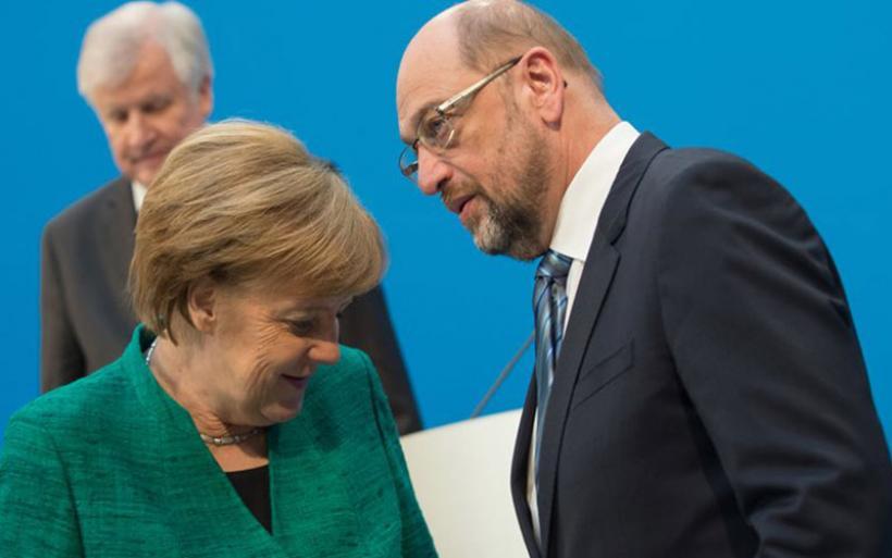 Γερμανία: Η Μέρκελ «παραδόθηκε» στους Σοσιαλδημοκράτες για να σχηματίσει κυβέρνηση