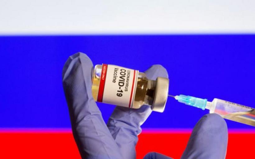 Κοροναϊός : Τι λένε εθελοντές που συμμετείχαν στις δοκιμές του εμβολίου της Pfizer