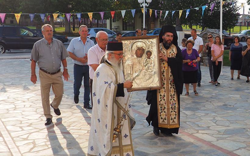 Σε προσκύνημα στον ναό Κοιμήσεως της Θεοτόκου Ευξεινουπόλεως η Παναγία Δαμάστα (φωτο)