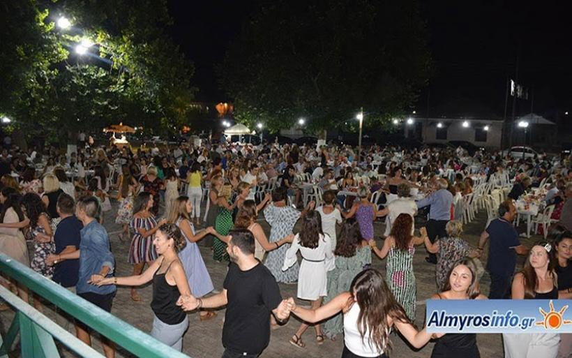 Με μεγάλη επιτυχία το πανηγύρι του Δεκαπενταύγουστου στην Ευξεινούπολη (φωτο)