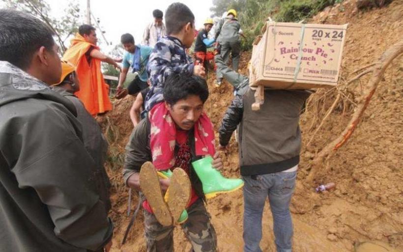 Στους 59 οι νεκροί από το πέρασμα του υπερτυφώνα Μανγκούτ στις Φιλιππίνες (video)