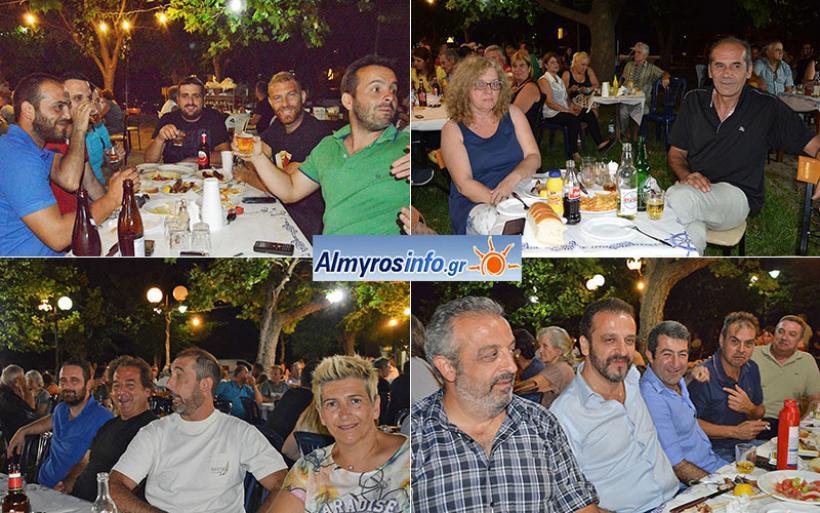 Λαϊκή βραδιά με μεγάλη συμμετοχή στον Πλάτανο (φωτο)