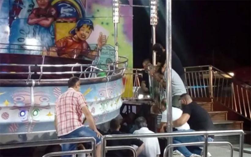 Οι πρώτες στιγμές μετά το δυστύχημα στο λούνα – παρκ του Αλμυρού (video)