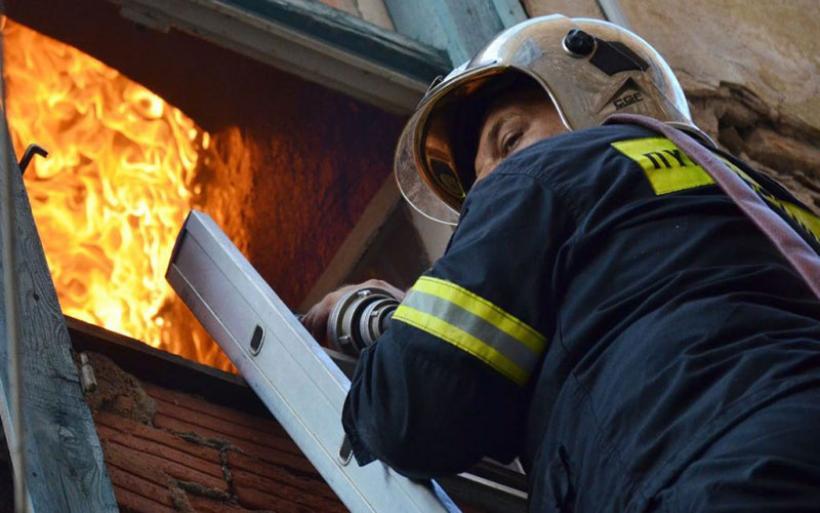 Πνευμονολογικές εξετάσεις για τους πυροσβέστες στη Μαγνησία