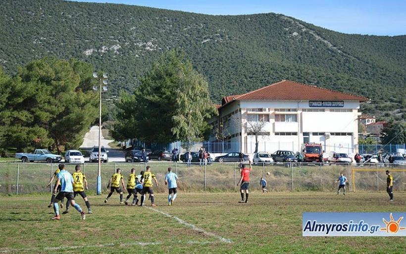 Νέες κερκίδες στο γήπεδο της Σούρπης κατασκευάζει η Περιφέρεια Θεσσαλίας