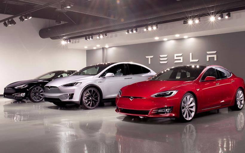 Ο «Δημόκριτος» καλωσορίζει την Tesla στο Τεχνολογικό του Πάρκο